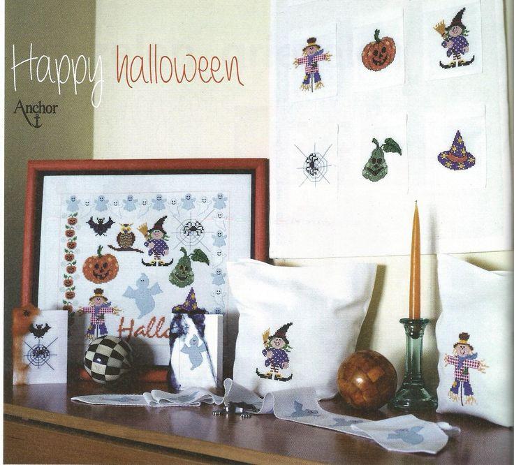 Happy halloween -  Boord met spookjes, Sampler Halloween, kaarten met halloween motieven & 2 halloween zakjes