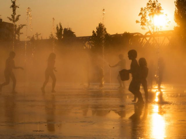 I got: Heatwave! What Extreme Weather Is Your Personality?