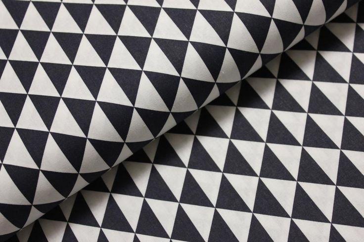Temně modré trojúhelníky