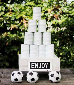 Hochzeitsspiele, Hochzeitsprogramm? Wir haben 11 coole Ideen für die Unterhaltung der Hochzeitsgäste gesammelt. Damit kommt bestimmt keine Langweile auf.