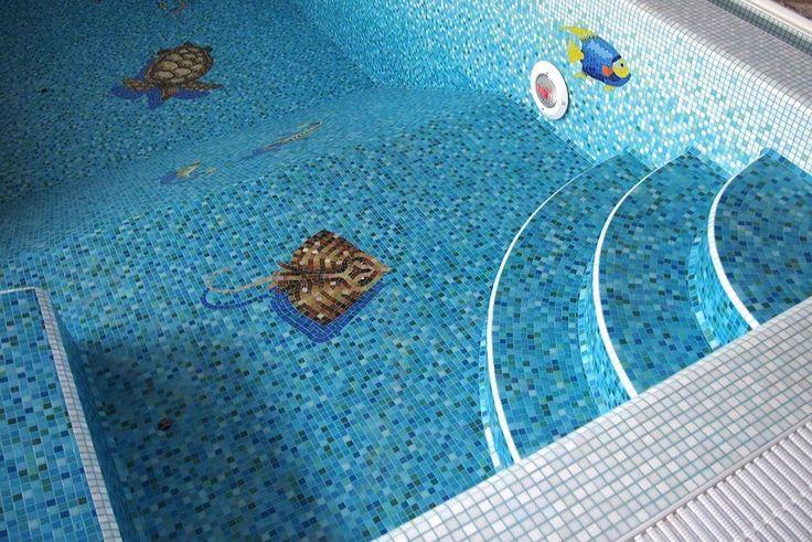 Дизайн бассейна с использованием мозаики – идеи оформления