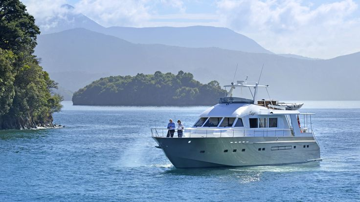 MV Tarquin is the ultimate in luxury. Cruise the Marlborough Sounds, Tasman National Park and beyond in pure luxury.