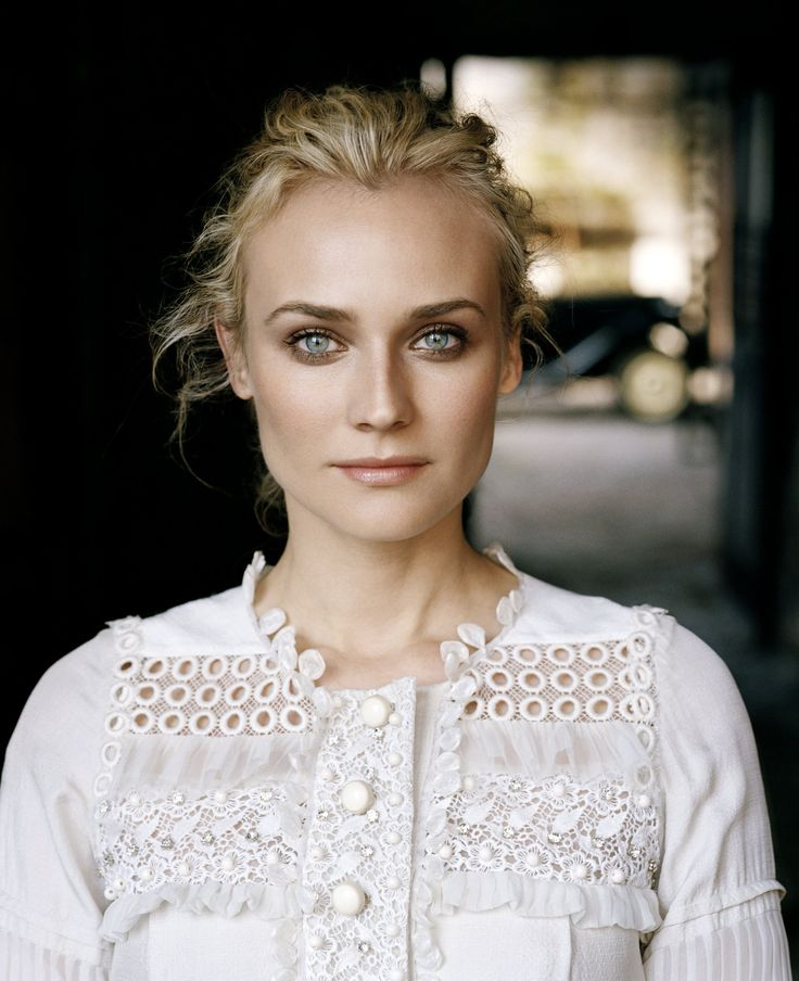 Diane Kruger (1976) Kruger is best know for her roles in National Treasure, and its sequel, Inglourious Basterds, Mr. Nobody, Joyeux Noel, and   Unknown Kruger was married once and currently dates Joshua Jackson.