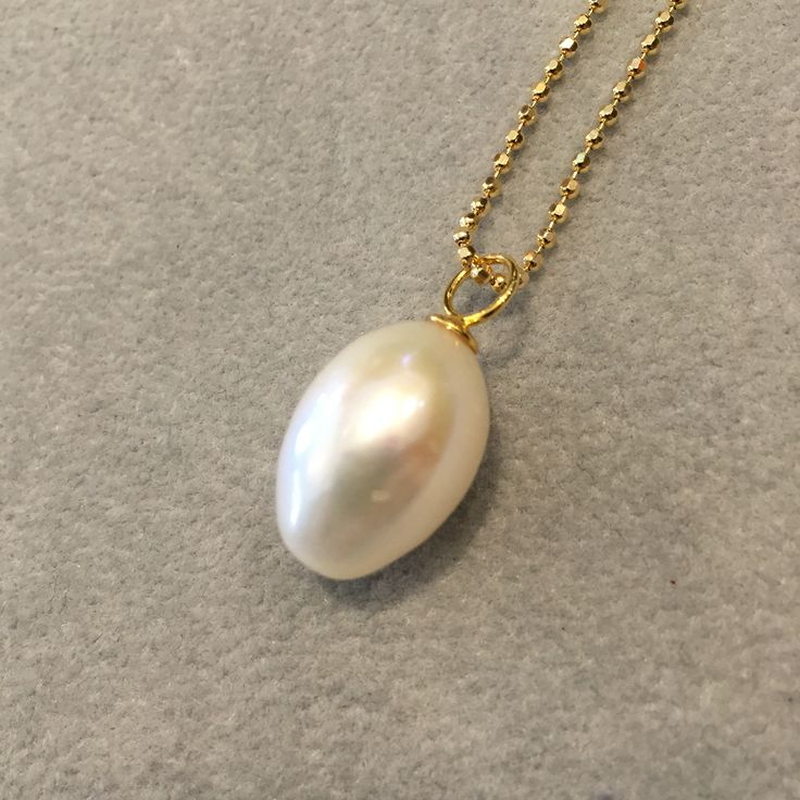 Smuk ferskvands perle i sølv