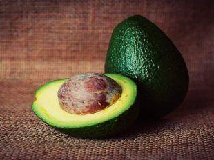 Scheda #frutta: AVOCADO + una super ricetta light delle #dietisteDOC  #sanomangiareit