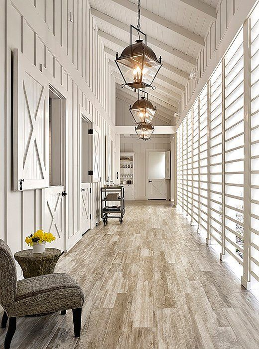 Mix and Chic: A chic and charming farmhouse style inn in California!
