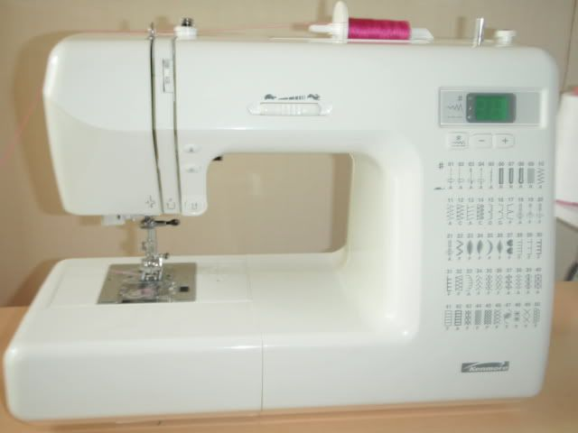 95 best ideas about sewing machines on pinterest toys for Machine a coudre kenmore modele 385