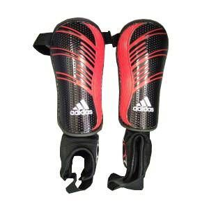Adidas Predator Repl Shinpads EVA: soft and durable cushioning backing material. HARD SHELL: highly protective front plate. SINGLE STRAP CLOSURE PLUS ANKLE SOCK: adjustable guard width and ankle protection. 70% Ethylenvinyl Acetat http://www.comparestoreprices.co.uk/football-equipment/adidas- predator-repl-shinpads.asp