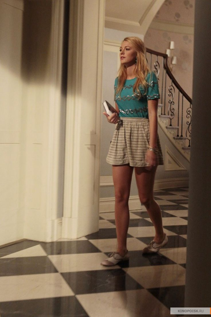 """Blake Lively as Serena van der Woodsen """"The Fasting and the Furious"""""""