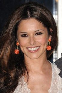 Celebrity Teeth: Before and After.   Cheryl Cole.