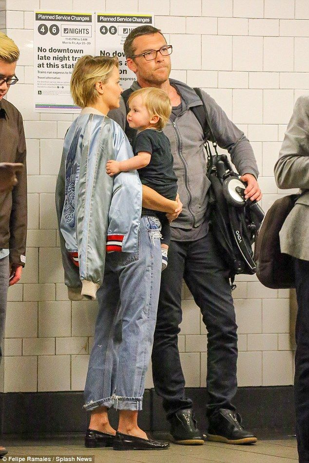 Lara Bingle and her husband Sam Worthington with their son Rocket - In New York.  (22 April 2016)