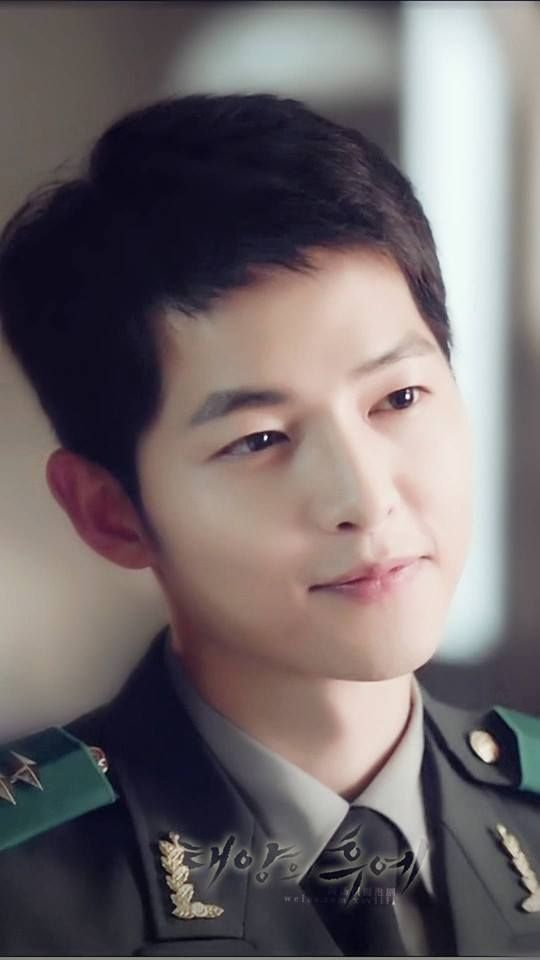 """Hậu duệ của Mặt Trời"""" đánh bại """"Vì sao đưa anh tới"""", Song Joong Ki ..."""