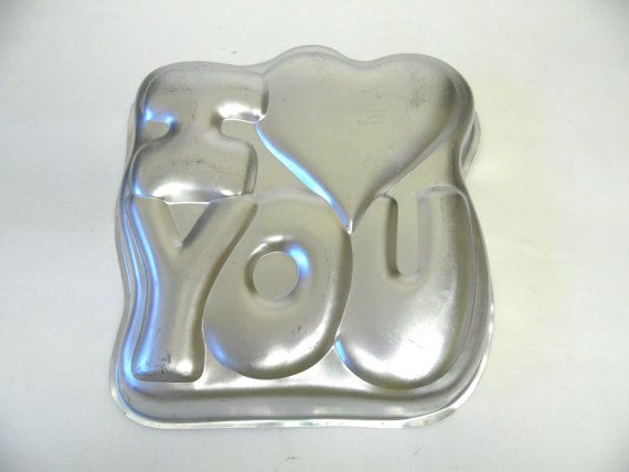 I Love You Wilton Cake Pan 1987 Jello Mould by sweetie2sweetie