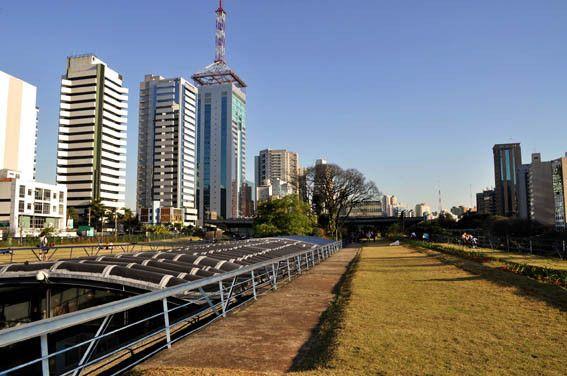 centro cultural de são paulo y su terraza verde #sãopaulo