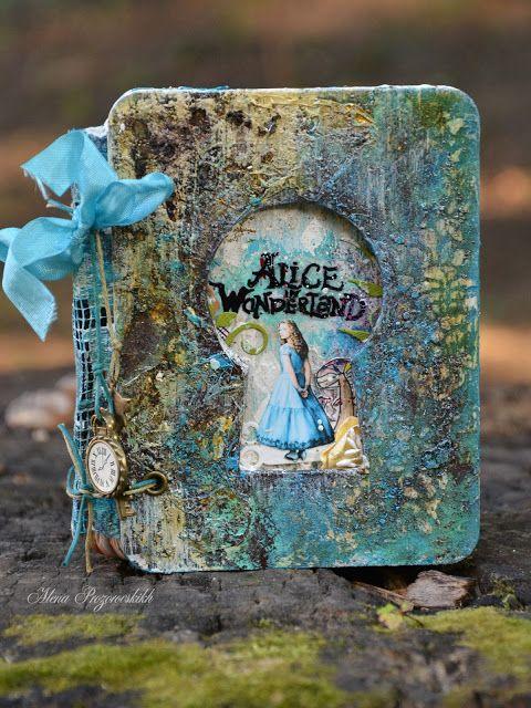 """Alena Prozorovskikh: Блокнот """"Alice in Wonderland"""""""