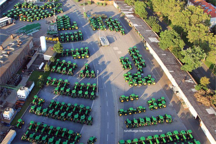 Der Gigant der Landmaschinen, John Deere Werk in Mannheim, Traktoren, Arbeitsmaschinen, Landwirtschaftliche Geräte,