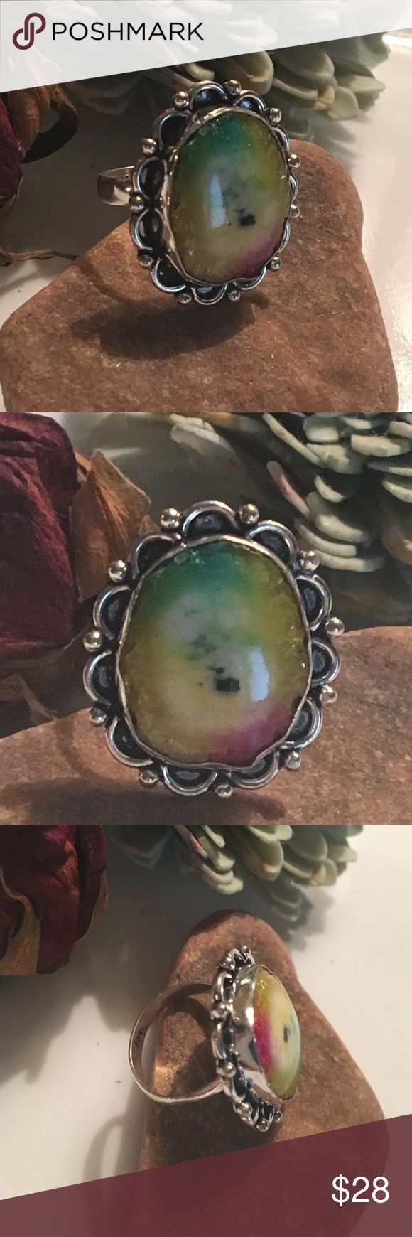 🔴LAST PRICE Agate Geode slice 925 vintage look Size 7.7 ring just stunning . 💕❤️💕❤️💕❤️ Vintage Jewelry Rings