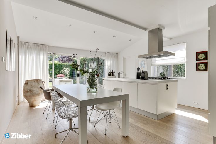 Fabulous styled white kitchen with nice accents l Zibber