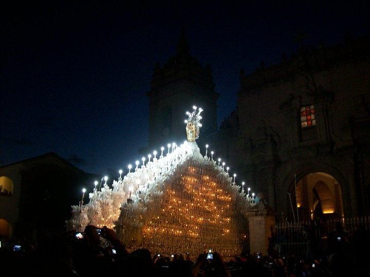 FAITH .....semana santa en Ayacucho- Perú