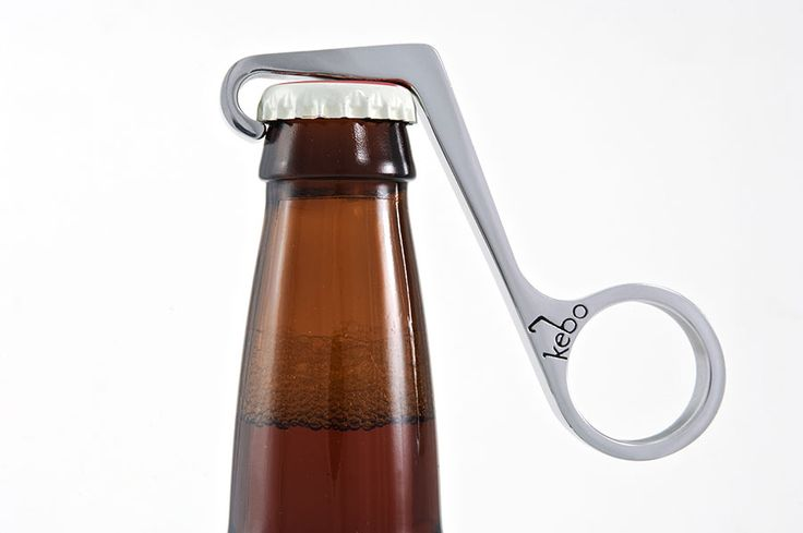 Kebo bottle opener. Allows you to open bottles with a simple squeeze of your hand.Bottle Cap, Bottle Open, Onehand Bottle, Kebo, Beer Bottle, One Hands Bottle, Design, Stainless Steel, Bottleopen