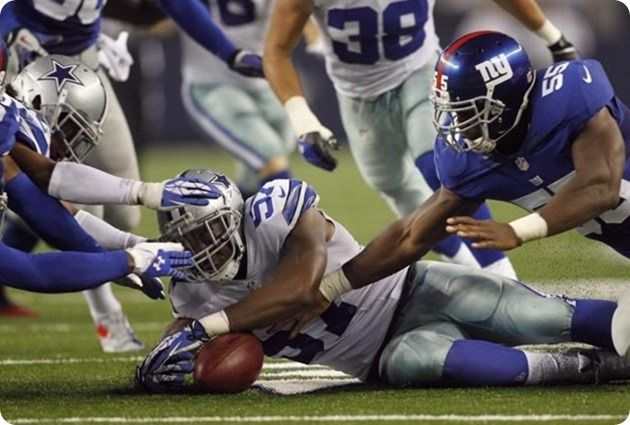 SHAKEUP AT VALLEY RANCH: Sean Lee's injury leaves every LB spot in question | DeVonte Holloman is currently the best option at MLB | Dallas ...