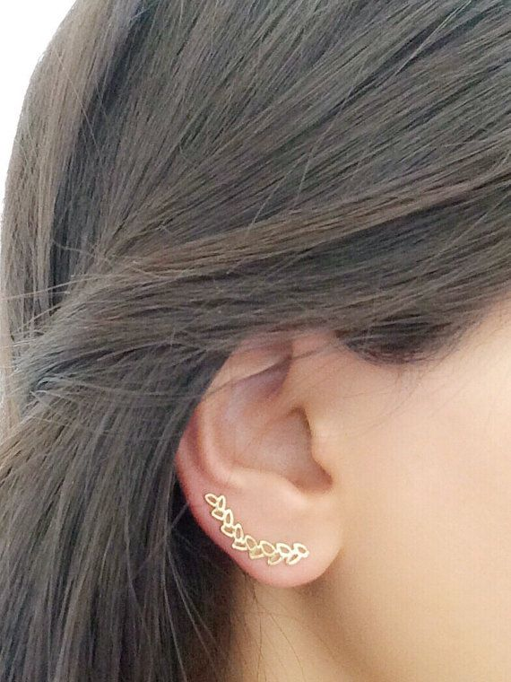 18k Gold Plated Ear Cuff - SOLD INDIVIDUALLY -  ONLY REQUIRES ONE STANDARD EAR PIERCING !  Leaf shape ear pin of special design . It has a curved shape