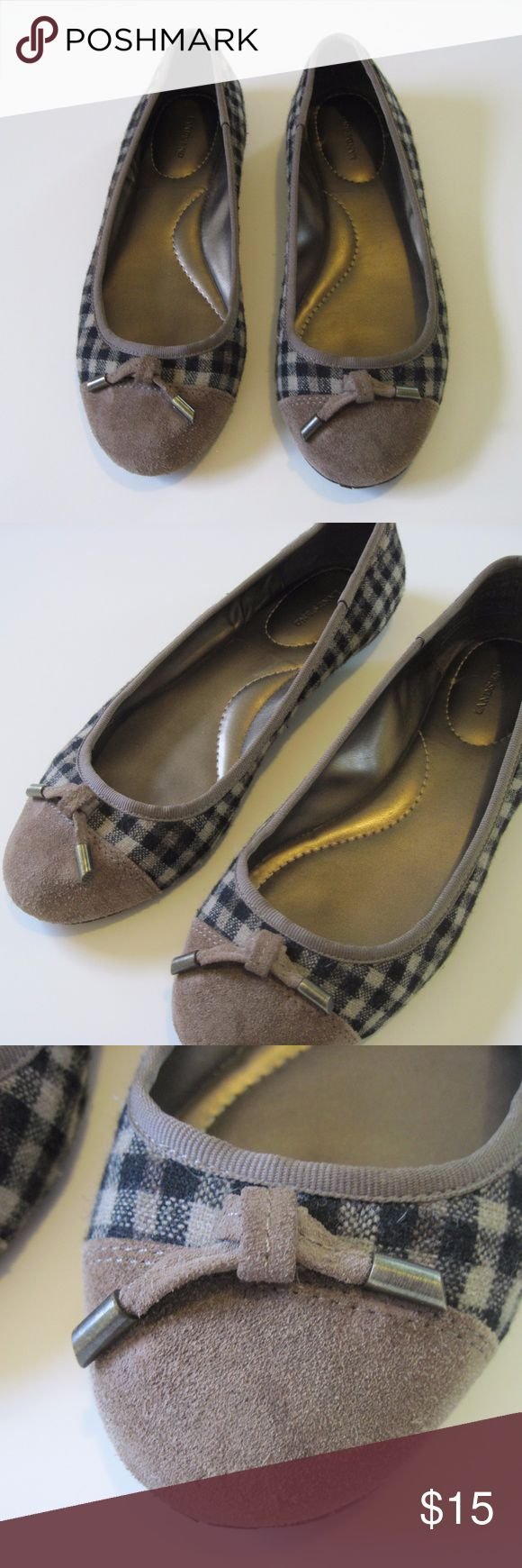 Lands End Plaid and Suede Ballet Flats Brass Caps Classic ballet flats from Lands End. The upper is a wool plaid of cream, tan, and dark blue with a suede contrast at the toe. Accent suede ties have brass caps for an understated bling. The inside and the uppers are are in good shape, the soles show some wear which I tried to show in the pictures. Lands' End Shoes Flats & Loafers