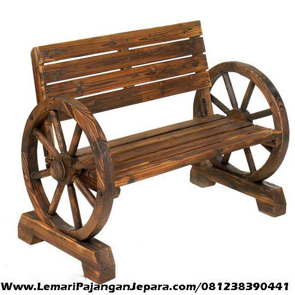Jual Kursi Jati Bangku Model Roda merupakan Produk Mebel asli dari Jepara dengan Desain Kursi Bangku Unik dengan Model Roda, cocok untuk Kursi bangku teras