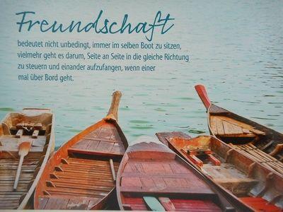 Freundschaft bedeutet nicht unbedingt, immer im selben Boot zu sitzen, vielmehr geht es darum, Seite an Seite in die gleiche Richtung zu steuern und einander aufzufangen, wenn einer mal über Bord geht.