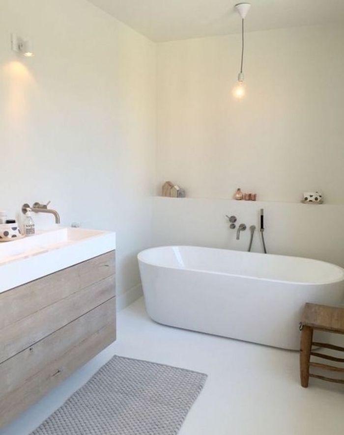 Salle de bain scandinave \u2013 la douche chaude venue du froid