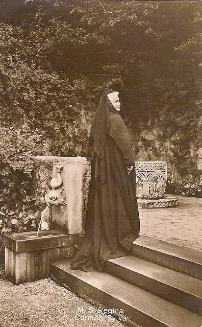 """Königin Elisabeth von Rumänien, Queen of Romania """"Carmen Silva"""" poeta y escritora"""