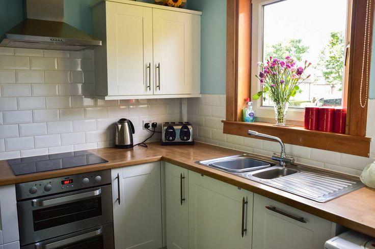 Échale un vistazo a este increíble alojamiento de Airbnb: Quiet 2 Bed House with Garden - Casas en alquiler en Edimburgo