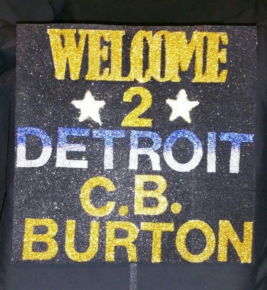 AIRPORT WELCOME SIGN... Welcome your guest with a little bling.....