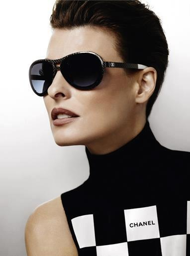 Linda Evangelista spring 2012 for Chanel