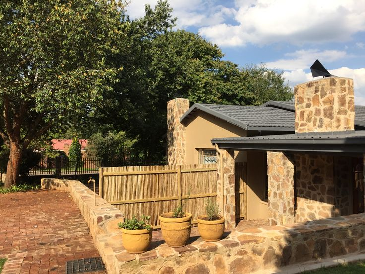 Treelands Abbey Unit 4. Dullstroom accommodation, self-catering.