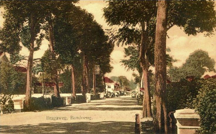 The Bragaweg 1915 Bandoeng