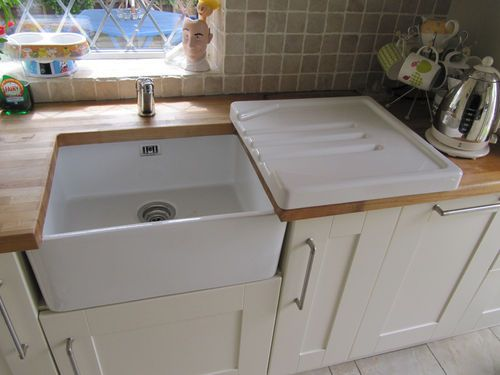 Ceramic Kitchen Sink With Drainer : 1000+ images about Sink ideas for kitchen Belfast sink drainer on ...