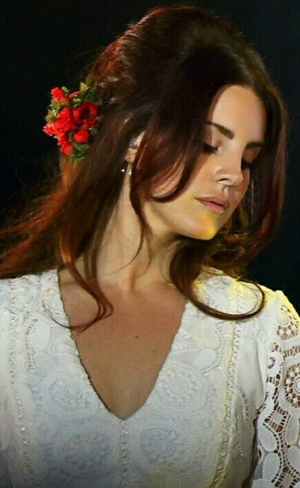 Lana Del Rey performing at the Park Live Festival in Moscow #LDR