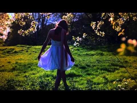 İLKAY ARMEN Bir Bahar Akşamı - YouTube