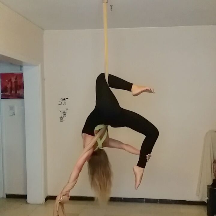 Pin By Terri Ann Kisaberth On Exercise: Pin By Terri On Silks Videos
