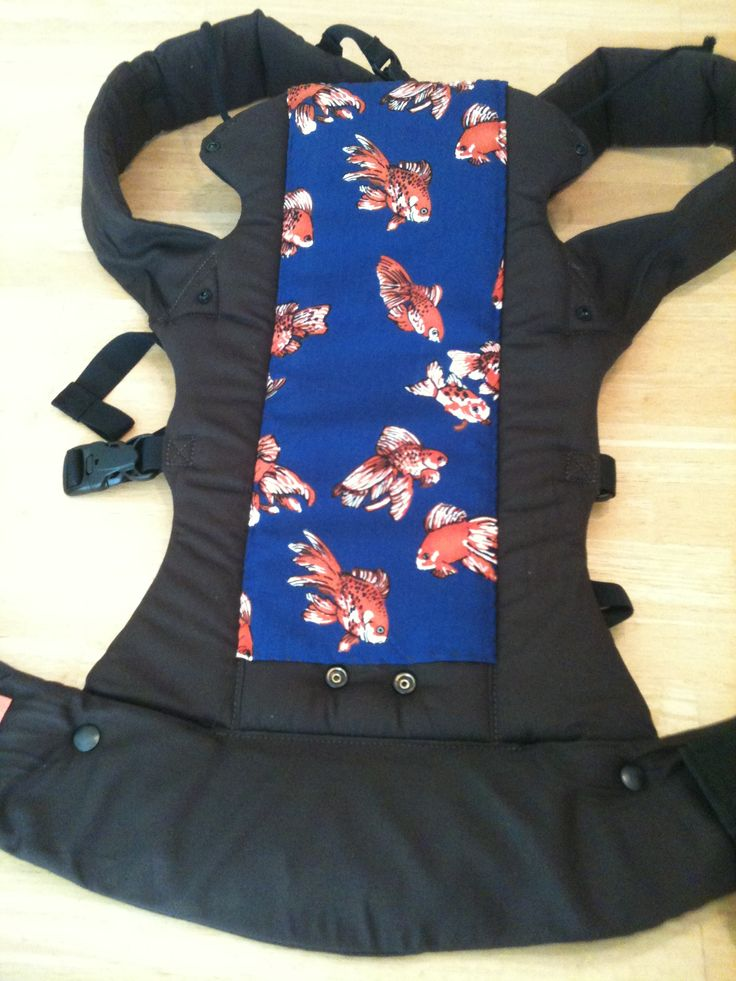 customize your beco carrier- this will work great since I got a plain black one: Gemini Alley, Baby Wear, Baby Projects, Beco Cust16, Custom Beco, Goldfish Fabrics, Sewing Machine, Baby Crafts, Beco Carrier