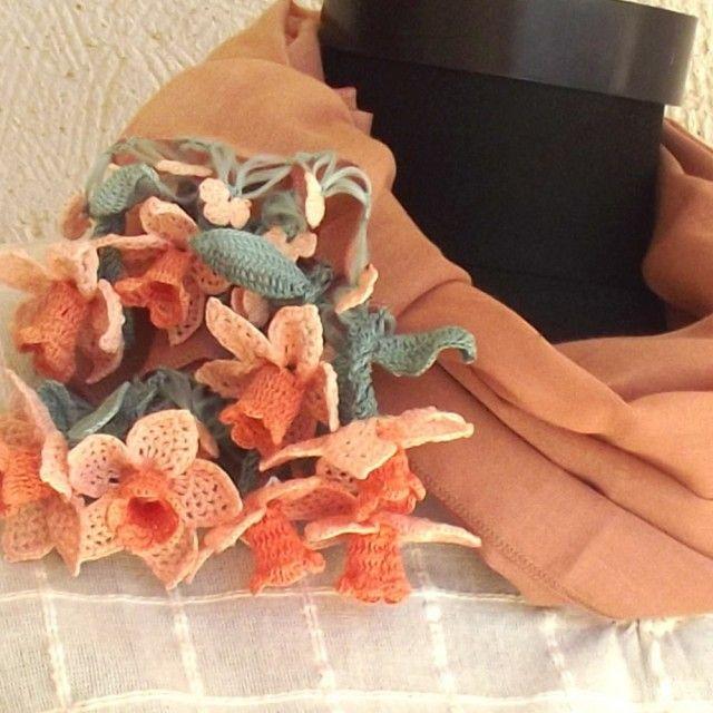 【再販】立体レース 花のコットンストール  ライトブラウン - DAISY