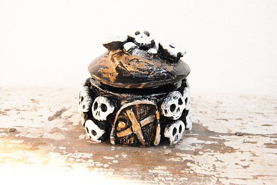 Skull stash jar, Witch jar, Voodoo skull jar, Pirate decor, Ossuary with stacked skulls, Human skull decor, Decorative jar, Witchcraft decor