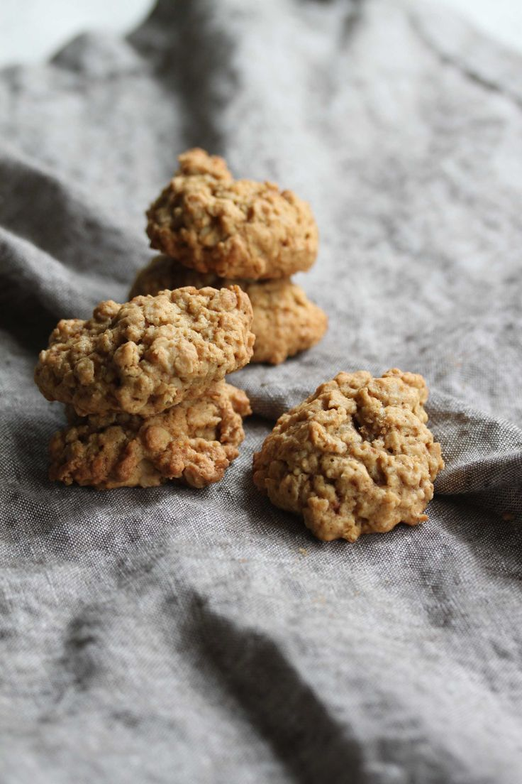 Oatmeal Cookies - Cooking with Tenina
