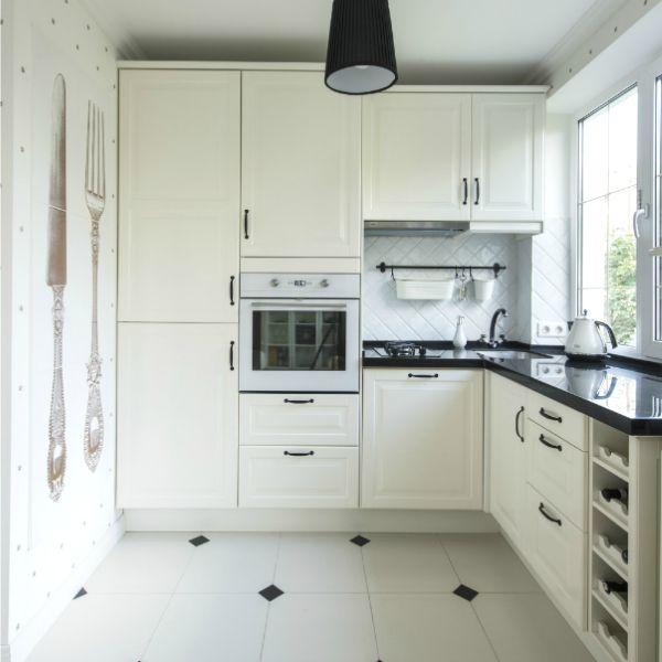 Читайте також 10 предметів американських інтер'єрів, яких не вистачає в наших домівках Кухні IKEA в інтер'єрі Дуже маленька кухня. 20 фото-ідей Оформлення кухні: огляд модних … Read More
