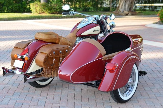 2014 Red Indian Chief Vintage Motorcycle 2014 Champion Legend Sidecar Rear Vintagemotorcycles Motorcycle Sidecar Vintage Indian Motorcycles Sidecar