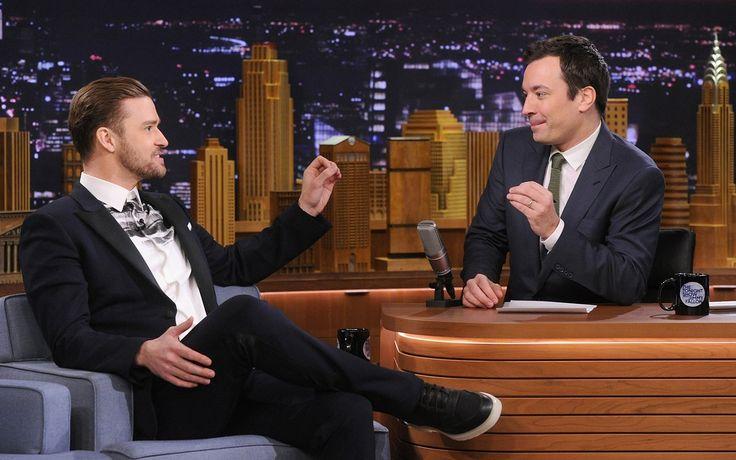 Jimmy Fallon talk show set - city scape background