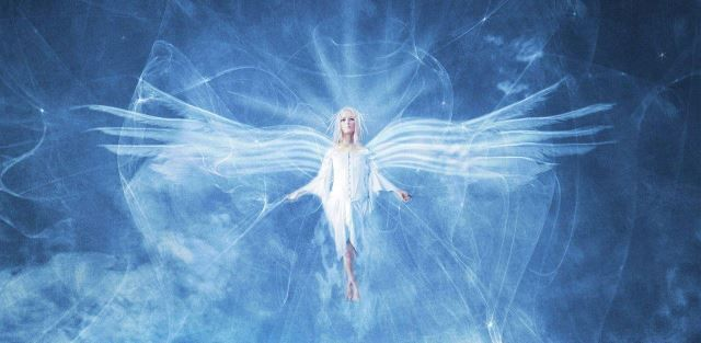 Картинки по запросу ангел хранитель помогает