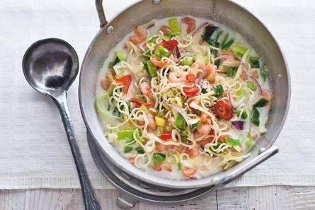 Thaise noedelmaaltijdsoep met garnalen - Recept - Allerhande