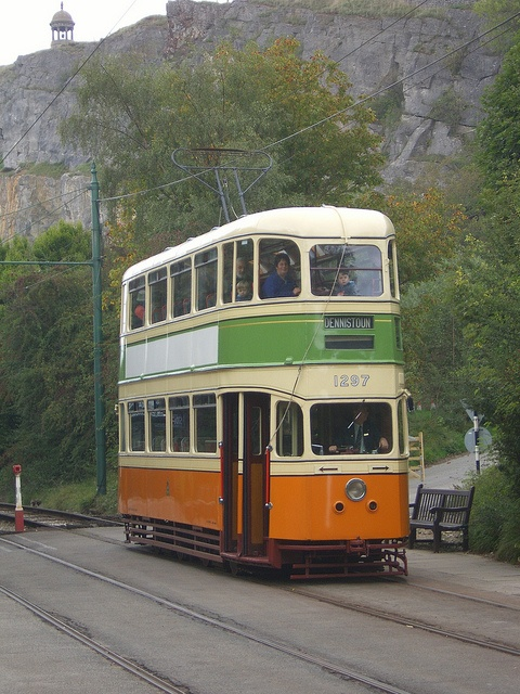 Glasgow tram by Ken Groves, via Flickr. My form of transport to school when I was running late.